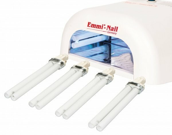 Urządzenie z lampą UV